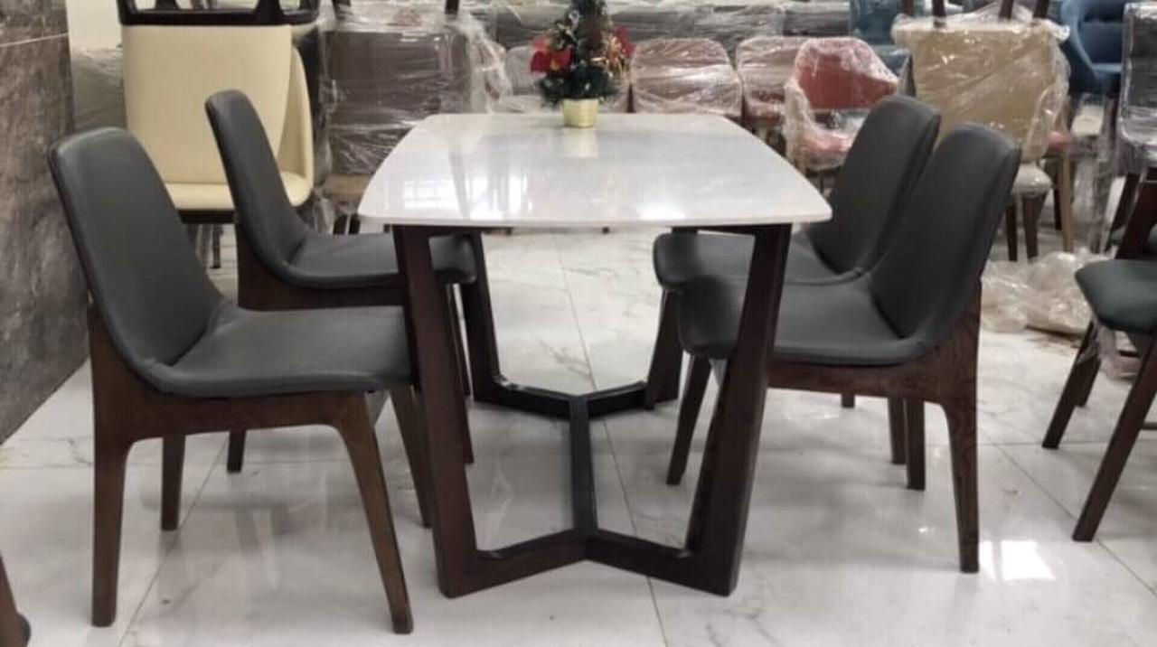 bộ bàn ăn 04 ghế mặt đá